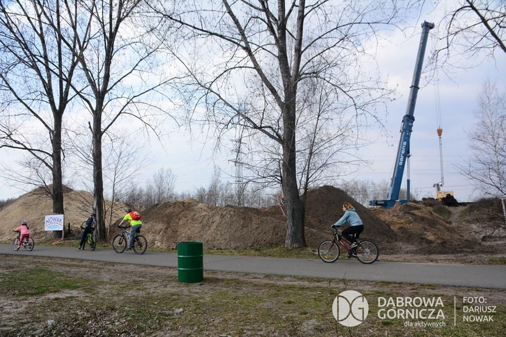 Trwa budowa tunelu pieszo-rowerowego między Pogorią III i IV w Dąbrowie Górniczej - fot. Dariusz Nowak
