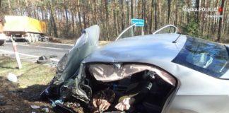 Dwie osoby poszkodowane po wypadku na DK78 - fot. KPP w Zawierciu
