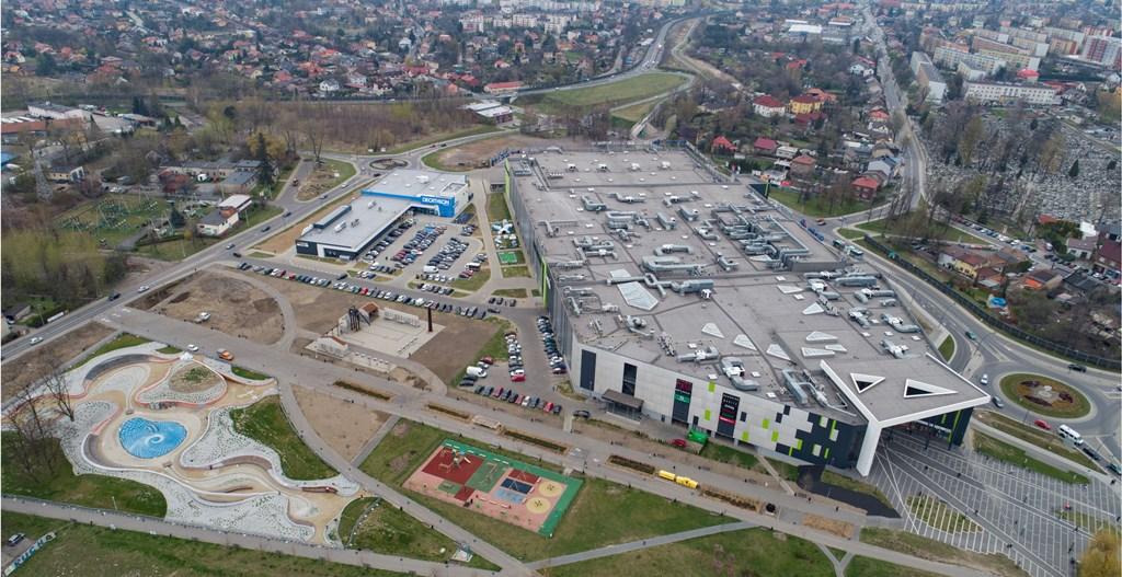 Galeria oraz park handlowy Galena w Jaworznie - fot. P.A. NOVA SA
