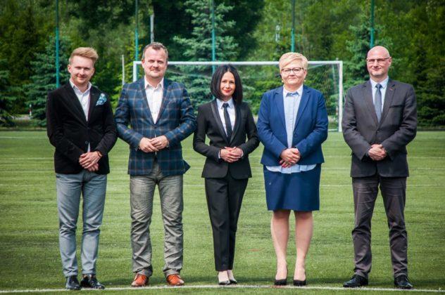 Podpisanie umowy na budowę stadionu piłkarskiego w Sosnowcu – fot. Maciej Łydek/UM Sosnowiec