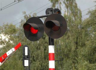Przejazd kolejowy - fot. Pixabay