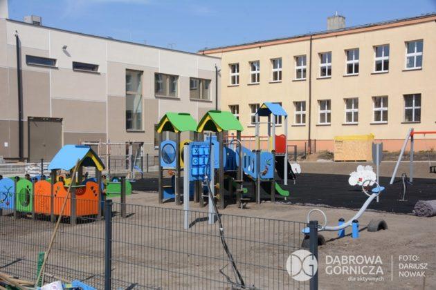 Prace końcowe przy remoncie szkoły w Błędowie - fot. Dariusz Nowak/UM Dąbrowa Górnicza