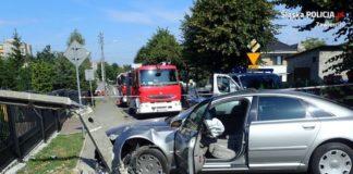 Pijany uderzył w słup energetyczny - fot. KPP w Zawierciu