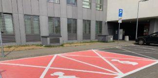 Miejsca parkingowe dla kobiet w ciąży - fot. Facebook/Dzielnica Ursynów m.st. Warszawy