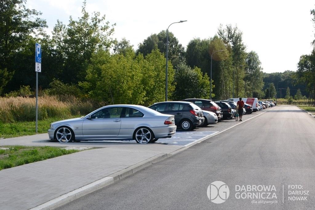 Parking przy Pogorii III w Dąbrowie Górniczej - fot. Dariusz Nowak