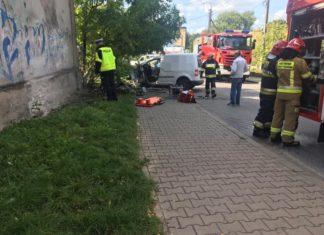 Stracił panowanie nad pojazdem - Facebook @Dąbrowa Górnicza 112