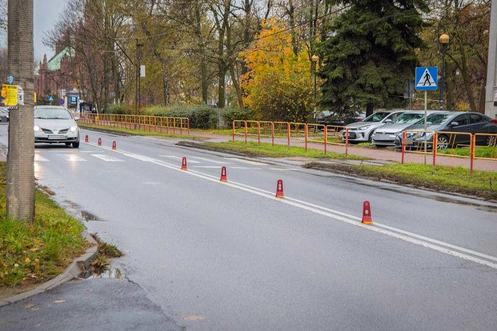 Separatory na ul. Wojska Polskiego w Sosnowcu - fot. UM Sosnowiec