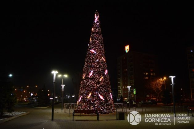 Ozdoby świąteczne w Dąbrowie Górniczej – fot. Dariusz Nowak/UM Dąbrowa Górnicza