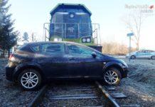 Wypadek na przejeździe kolejowym - fot. KPP w Zawierciu