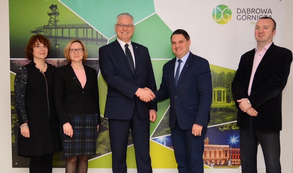 Firma Outokumpu Distribution Polska to kolejny inwestor na terenie KSSE w dąbrowskiej Tucznawie – fot. UM Dąbrowa Górnicza