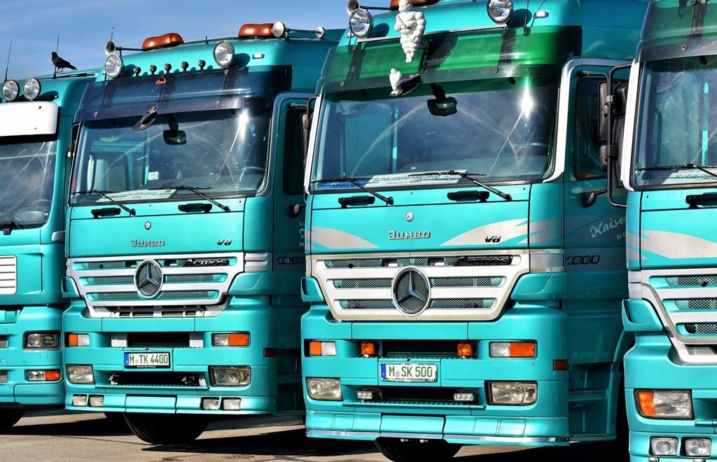 Ciężarówki – fot. Pixabay