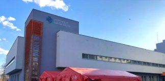 Namiot przed sosnowieckim szpitalem – fot. Sosnowiecki Szpital Miejski