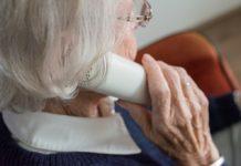 Telefon senior - fot. Pixabay