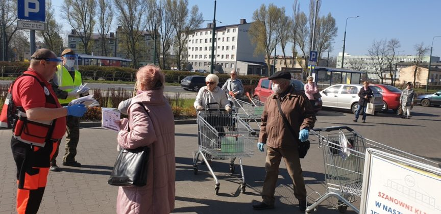 Maseczka dla seniora - fot. UM Sosnowiec