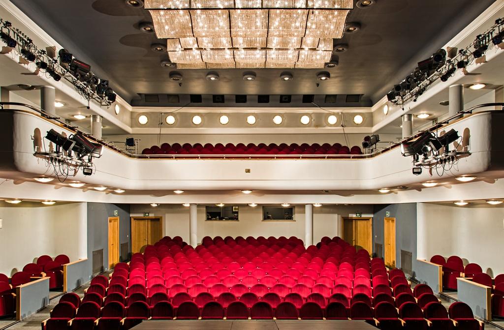 Widownia Teatru Zagłębia w Sosnowcu – fot. Maciej Stobierski