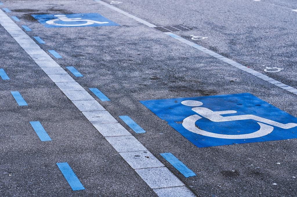 Niepełnosprawny - fot. Pixabay