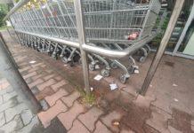 Radni apelują do sklepikarzy o zachowanie porządku - fot. UM Poręba