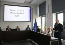 Burmistrz Czeladzi Zbigniew Szaleniec z absolutorium – fot. UM Czeladź