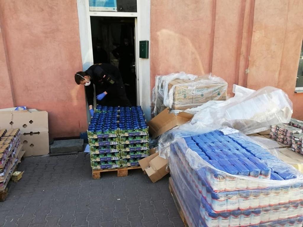 40 ton żywności trafiło do potrzebujących mieszkańców - fot. UM Zawiercie