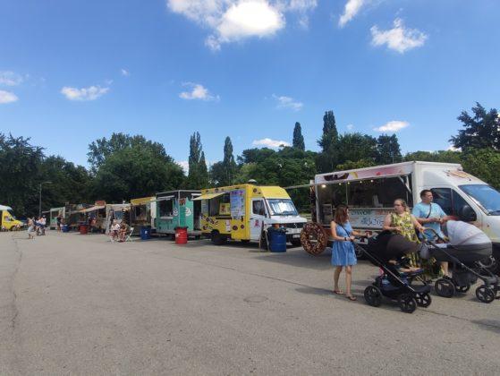 Trwa inwazja food trucków w Sosnowcu- fot. MC