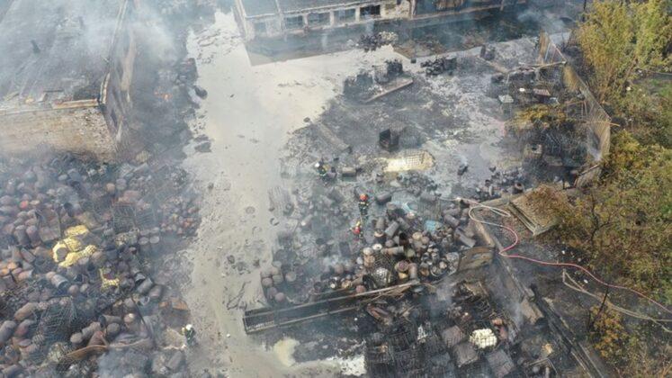 Spłonęło nielegalne składowisko odpadów w Sosnowcu - fot. Marcin Karaban