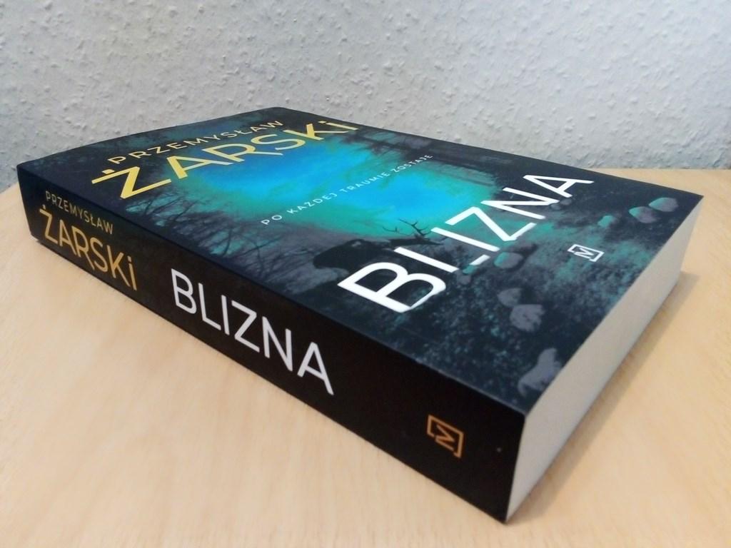 """""""Blizna"""" to nowa książka Przemysława Żarskiego – fot. MZ"""