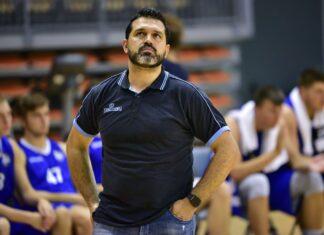 Trener MKS-u Dąbrowa Górnicza Alessandro Magro – fot. Dorota Murska